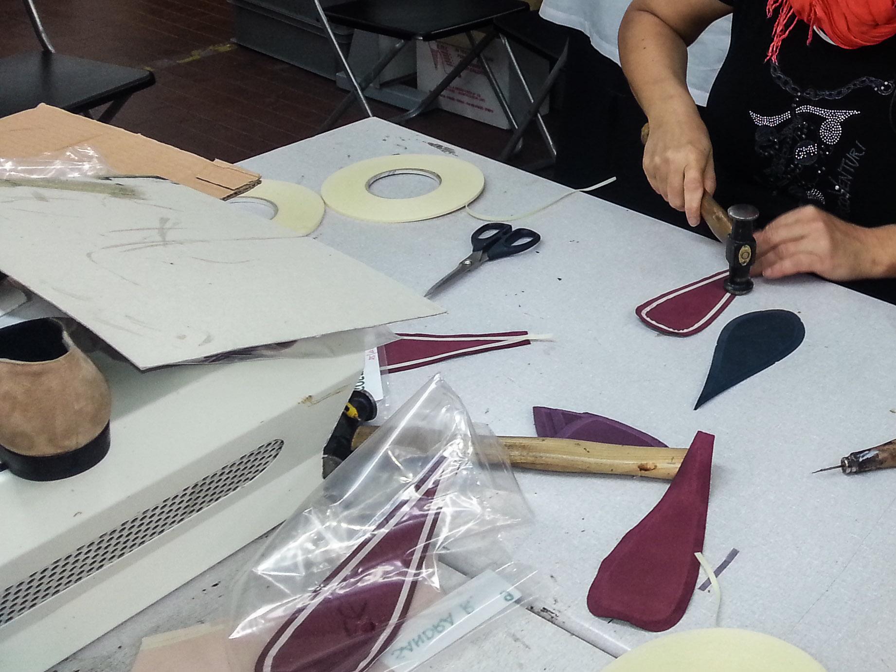 Banchi Da Lavoro Per Pelletteria : Addetto banco di pelletteria formazione per il calzaturiero e la